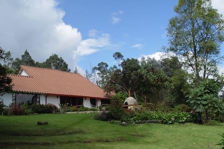 Yupati - Ház