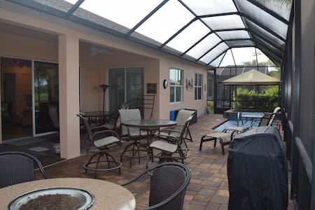 Pool and Spa Home Near Legoland - Winter Haven