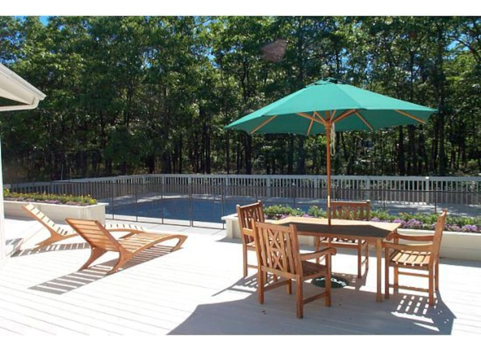 Heated In-ground Swimming Pool, Child Safety Fence is available, Digital pool heater is new