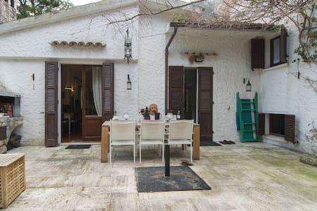 Isolated villa perfect for writers - Villa
