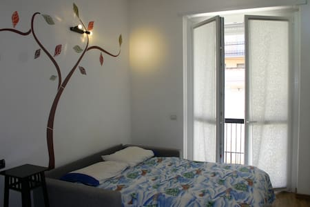 Flat in Saronno, 25 min from Milan  - Huoneisto