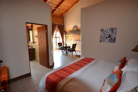 4 Star African Luxury in Pretoria - Bed & Breakfast