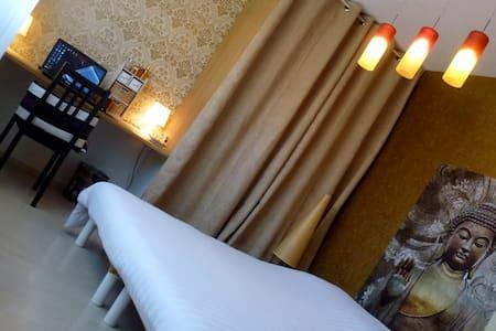 grande chambre Zen proximité longwy - Cosnes-et-Romain