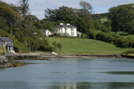 Elegant Regency House on Lough Hyne - Skibbereen