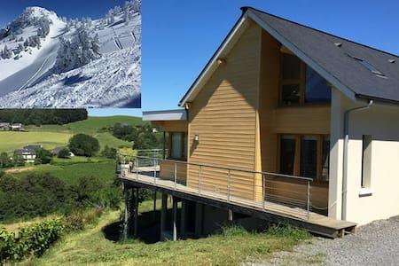 Grande maison tout confort aux pieds des Pyrénées - Lanne-en-Barétous