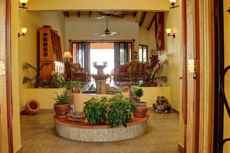 Dos Palmitos:  Oceanfront Living - Playa La Barqueta - House