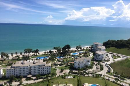 Beautiful, relaxing, beach resort. - Huoneisto