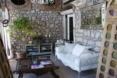 A Dream house  in a Borgo of 1420 - House