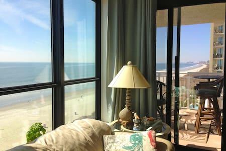 A beautiful Beach Front Condo! - Διαμέρισμα