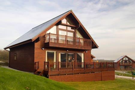 Aspen Lodge 4*- Cornish Holiday Lodges - House