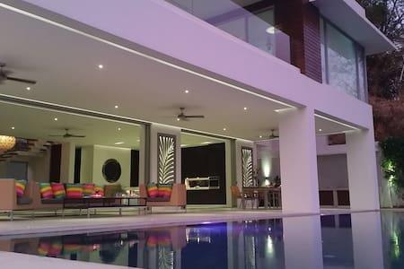 Luxury Villa Busay Cebu - Cebu City - Vila
