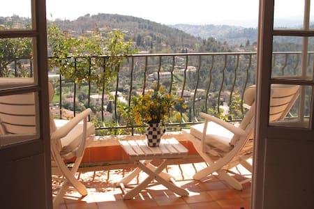 Scenic terrace on the Mediterranean - Apartment