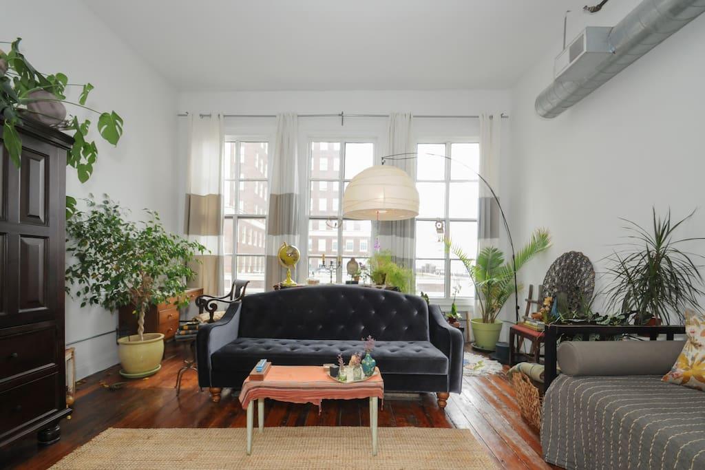 Beautiful loft, very best location!