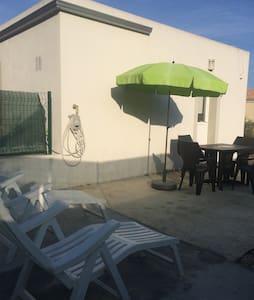 Nice studio beach Furiani - Furiani - Rumah