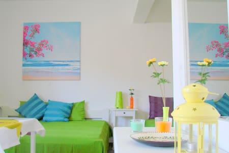 3bed studio. Lean into the fun! - Galissas - Apartment