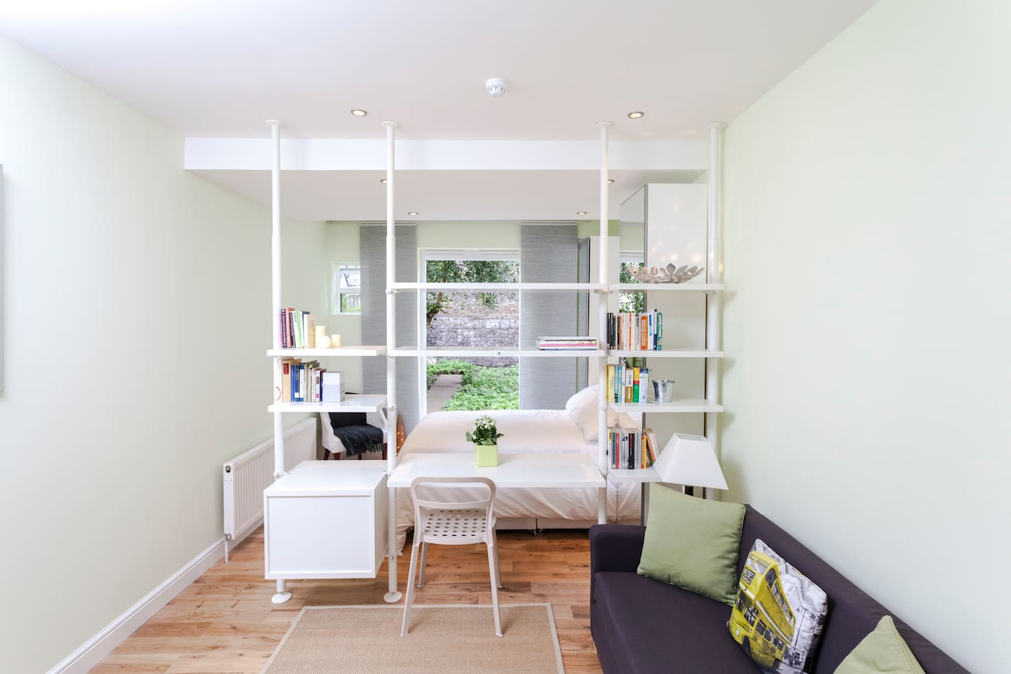 Gorgeous flat 15 mins from Central