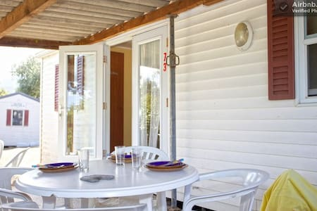 Mobil home 1-70 a 10mn d'Ile Rousse - Inny