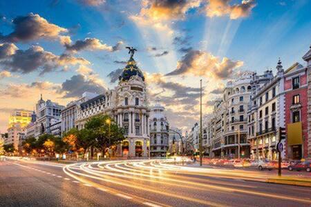 Habitación a 10 min del aeropuerto - Madrid - Apartamento