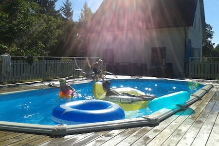 """House with pool in """"Stockholm"""" area - Rumah"""