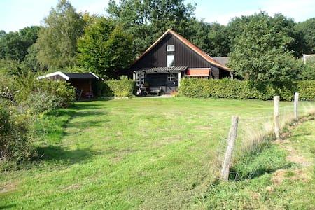 landelijk gelegen huisje salland overijssel - Kisház