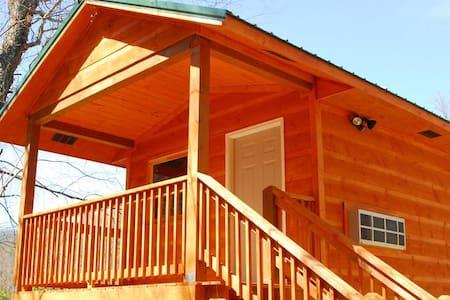 Riverside camping cabin - Hartford - Casa de campo