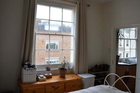 Lovely flat in Victoria 2 bedrooms