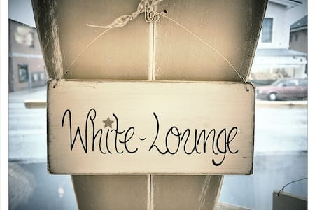 Die White-Lounge vor den Toren HH's - Apartamento