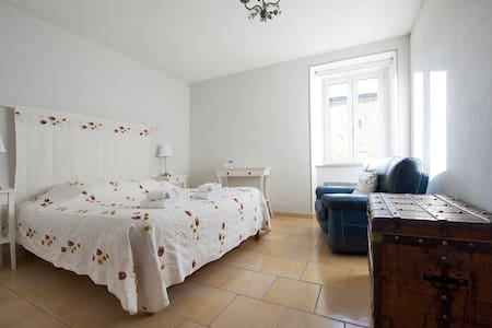 Chambre double confort - Rousson - Bed & Breakfast