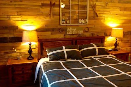 Updated 2b/2b on Brian Head Resort Sleeps 6-8 - Kondominium