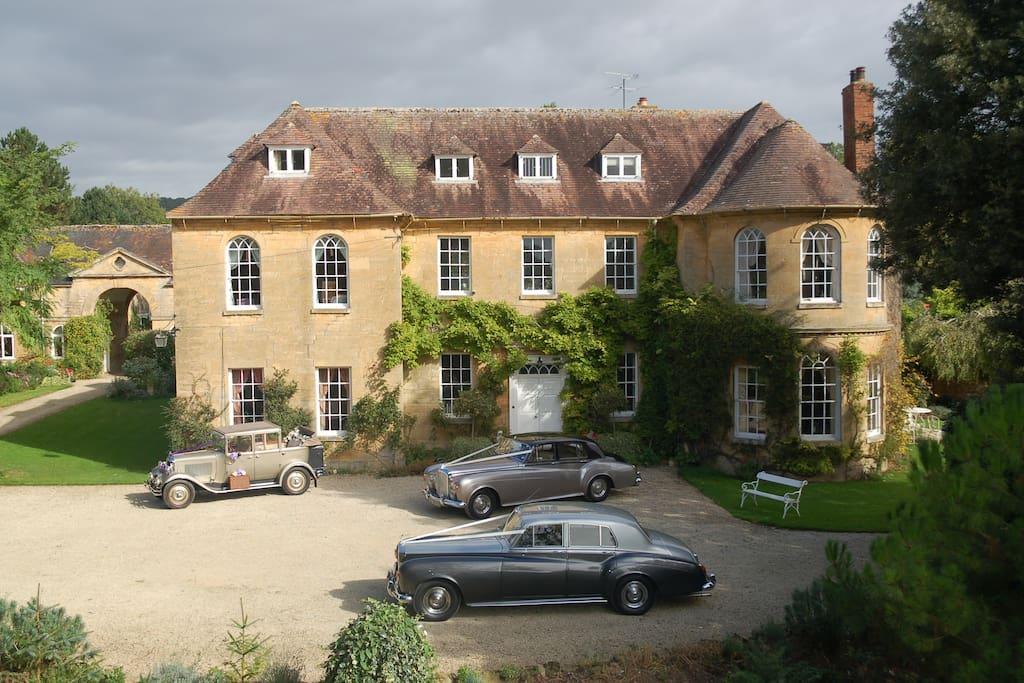 Manor House, Upper Court