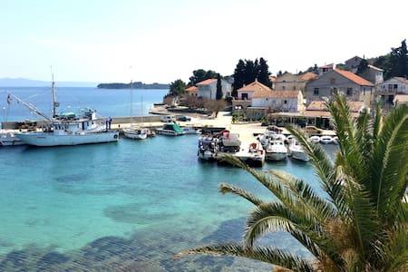 Sea Reflection - Dugi otok idyll - Žman - Leilighet