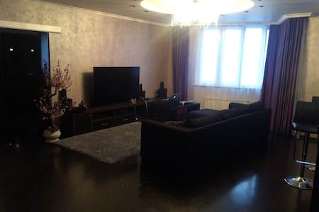 Большая Бутик Студия (2 спальни+1) - Zelenograd