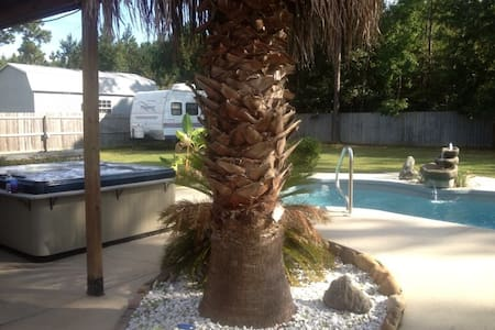 Beautiful Tranquil Home Near Beach - Milton - Casa