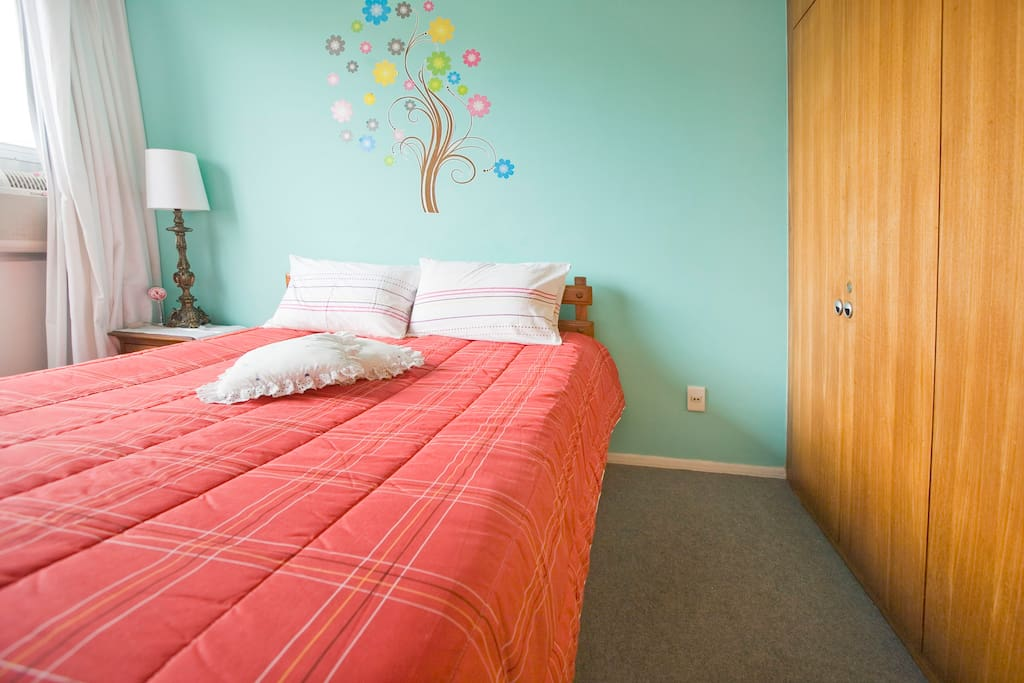 Double bed room with air conditioning - room 1