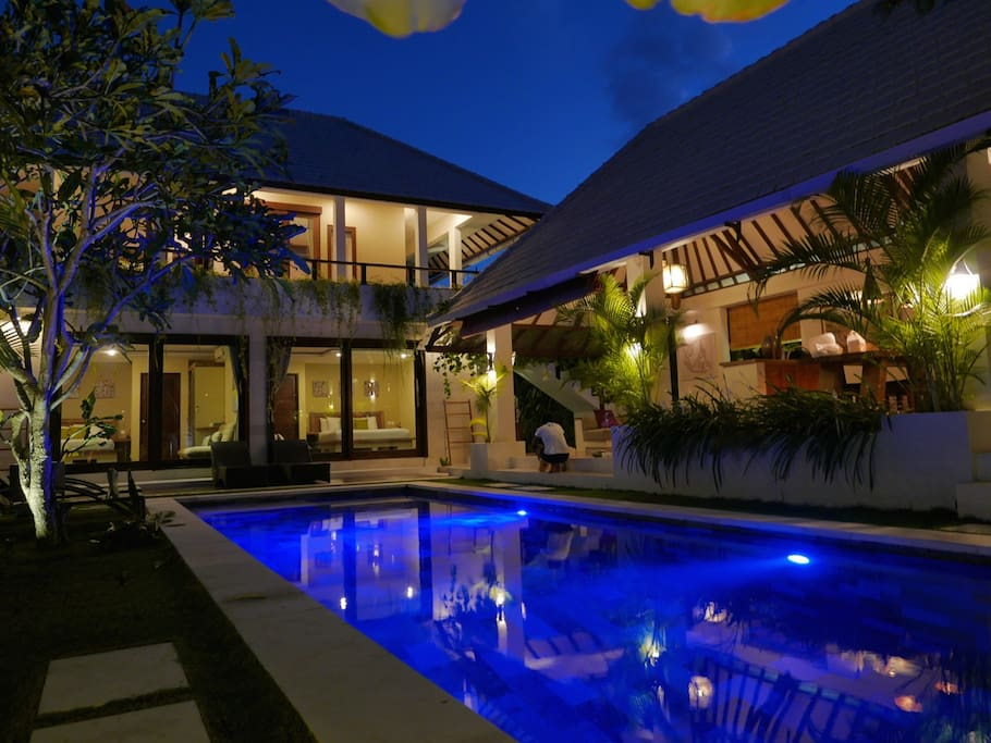 The Gorgeous Lane Villa by evening