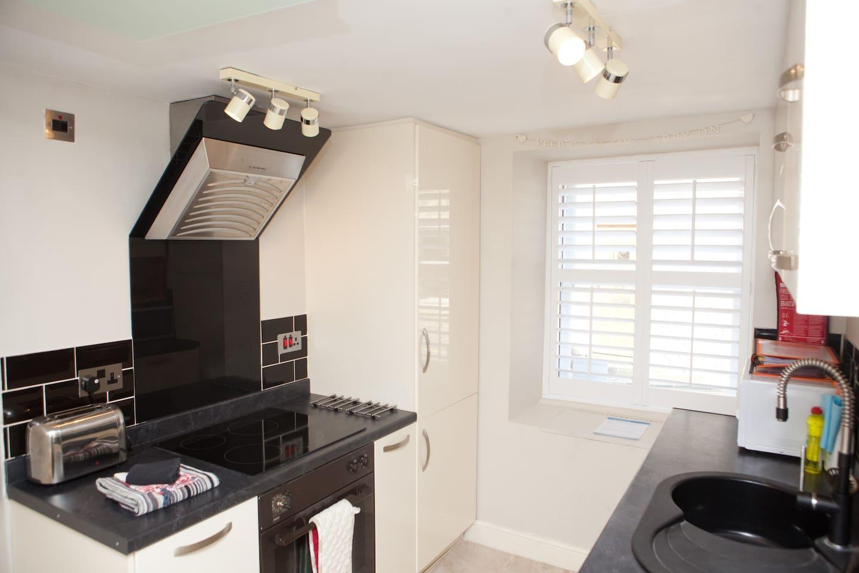 Apartment 6 - beautiful, modern kitchen