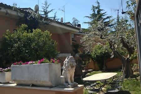 appartamento a 13km da San Pietro - Lejlighed