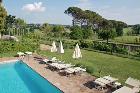 Villa Aureli Adolfo East Apartment - Wohnung