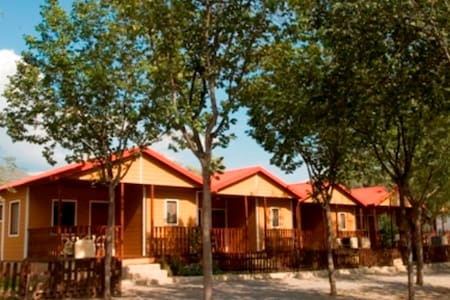 Top 20 sierra nevada vacation cabin rentals and cottage for Cabin rentals in nevada