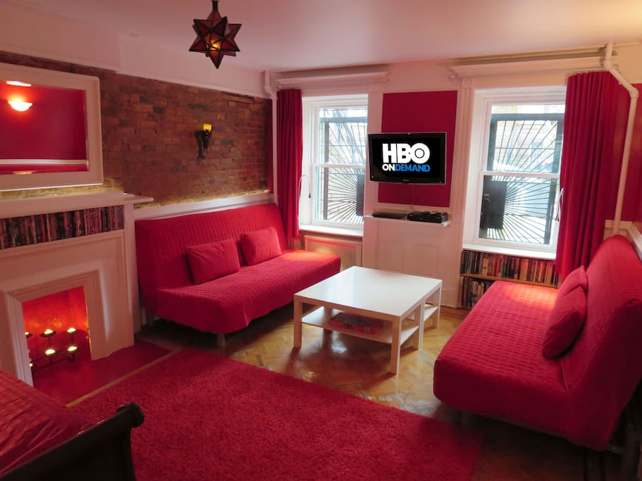 The flat screen HDTV features free premium cable (including HBO / Showtime / Starz on Demand) and BluRay player