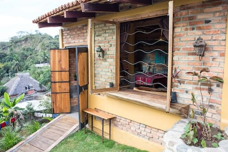 Casita with Sweeping Views and access to 2 pools - Sayulita - Hytte
