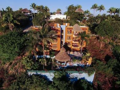 Villa with Jungle View in Sayulita - Huvila