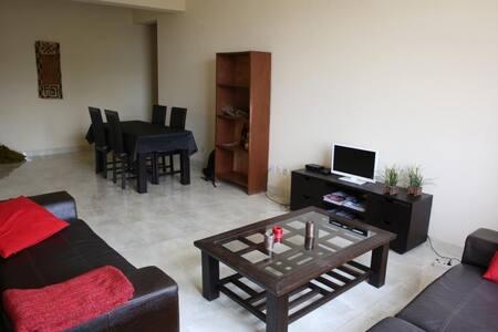 Chambre / sdb dans appartement neuf - Kinshasa - Apartment