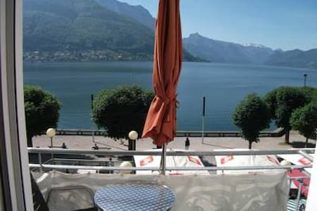 In the center of Gmunden with amazing views of lake Traunsee and the surrounding mountains.