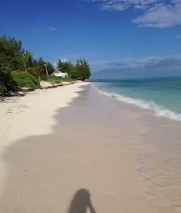 The Old Beach House 2 bedroom - Providenciales