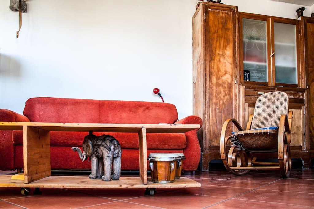 Facciamo salotto; Let's living room;