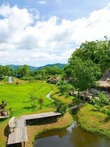 Relive resort - ตำบล สบเปิง - Hytte