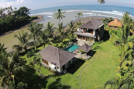 Luxury beach villa in Balian, Bali