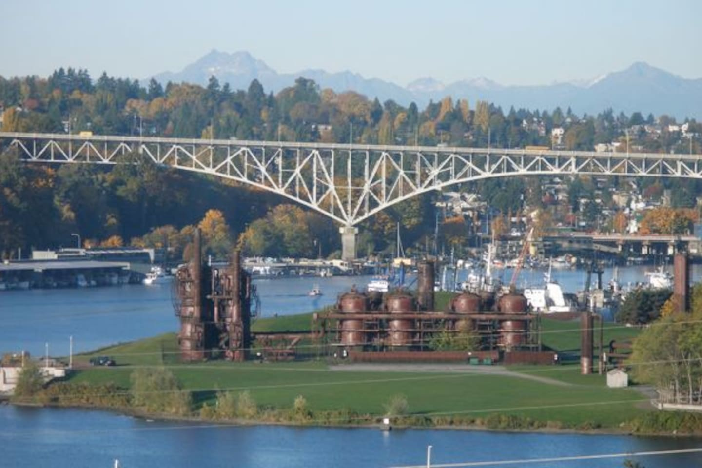 Our Lake Union, Olympic Mountains, Gas Works Park View!
