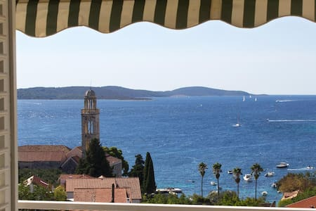 luxurious with fantastic views - Hvar